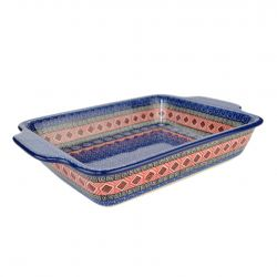 Oven dish with handles